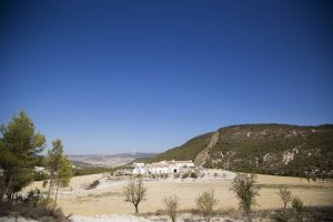 Landscape Painting with Louise Balaam in Andalusia